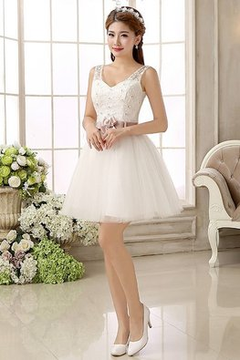 White V-Neck Gem Lace Dusty Pink Ribbon Bow Lace-Up Gown