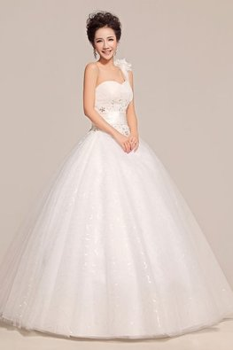 One-Shoulder Rosette Sequins Twinkle Skirt Wedding Gown