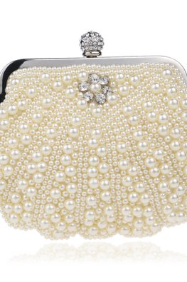 Assorted Colours Shell-Shaped Pearl Clutch Bag