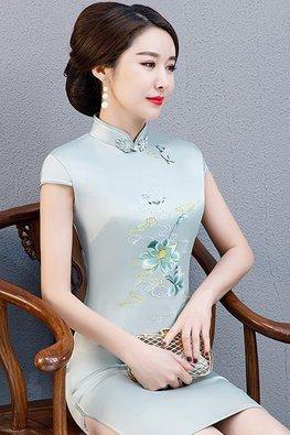 Assorted Colours Mandarin Collar Cap Sleeves Silk Cheongsam