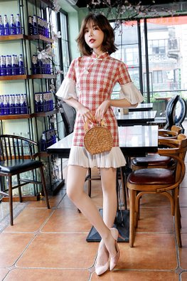 Red Mandarin Collar Trumpet Sleeves Checkered Mermaid Cheongsam (Express)