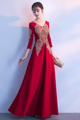 Wine Red V-Neck 3/4 Sleeves Embroidery A-Line Gown