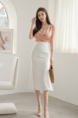 2-pc Pink Pleated Top with White Mermaid Skirt (Express)