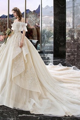 Sweetheart Off-Shoulder Side Layered Wedding Gown with Chapel Train