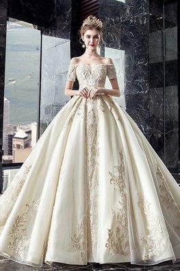 Light Champagne Off-Shoulder Royal Wedding Gown