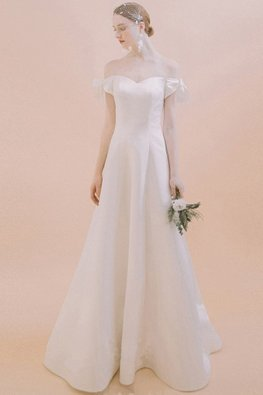 Sweetheart Off-Shoulder Ribbon Sleeves Satin Classic Wedding Gown