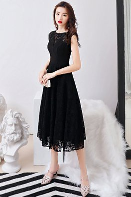 Black Round Neck Detailed Lace Dress