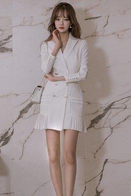 White / Black V-Lapel Long Sleeves Pleated Mini Dress