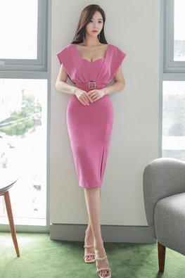 Pink Square V-Neck Attached Belted Side Slit Dress