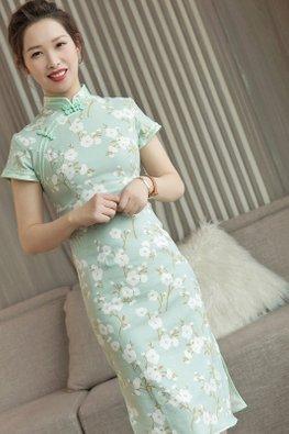 Green Mandarin Collar Mint Double Trimmings White Floral Cheongsam