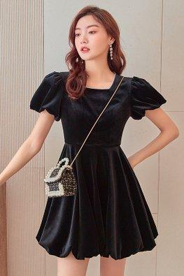Black Square Neckline Short Sleeves Bubble Velvet Mini Dress