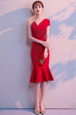 Wine Red / Red Asymmetrical Neckline Sleeveless Mermaid Cocktail Dress