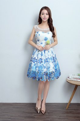 White Blue Illusion Sweetheart Floral Lace Dress